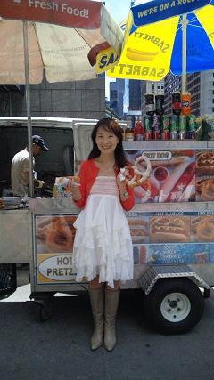 20100519-NYhotdog.JPG